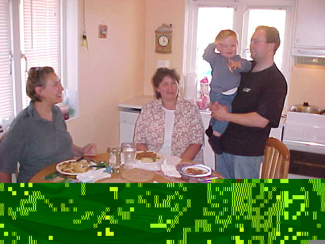 Spaghetti for dinner with the complete family and little Nicholas.