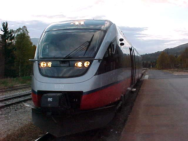 In Norway there are three train concepts: Agenda (medium distance), Signatur (long distance) and Pulse (community lines). I was on this Agenda train to Lillehammer. - Agenda has been developed to make everyday life in the train easier for the customers (as a word from my sponsor)...