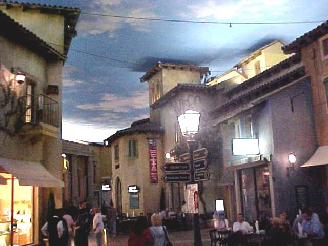 Garth took me to Monte Casino (Mont Money), where is a great simulation of day and night in the setting of a replica of an Italian village.