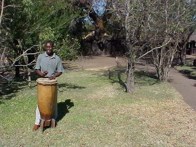 At 3pm it was lunch time, anounced by the beats of the drum.