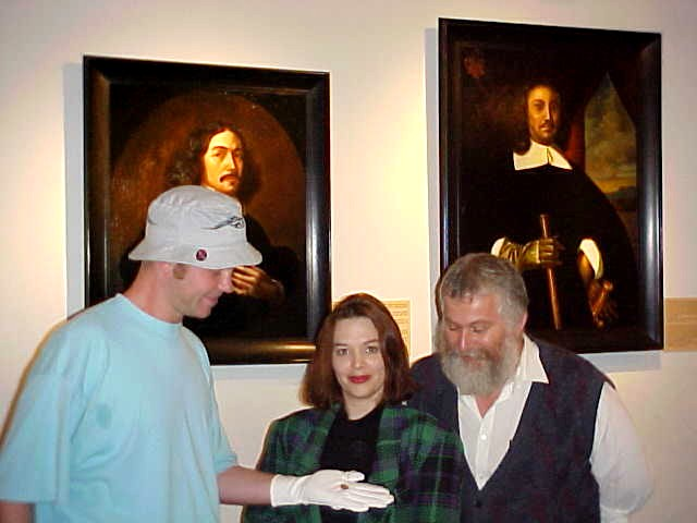 The official hand over, with white protective gloves to Helene and Aron at the museum.