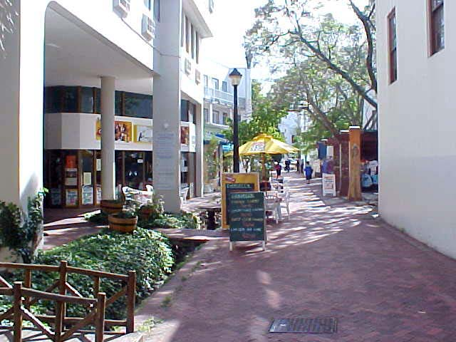 A little stroll through the streets of the centre of Stellenbosch.