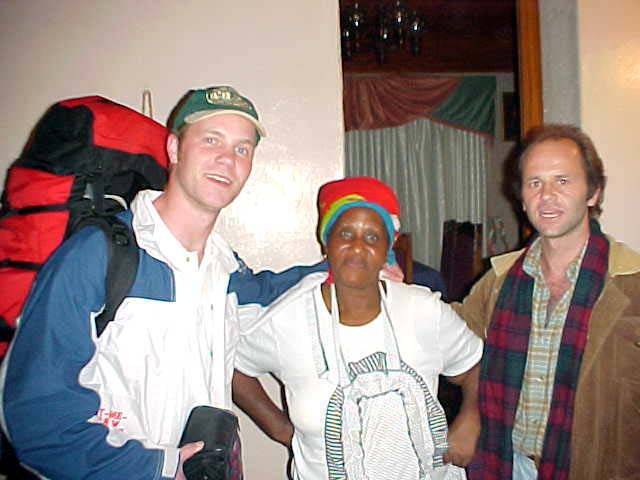 In Kayanlandi I would stay with Shumi Ndlebe, who is going to start a guesthouse at her home. I was going to be the first guest/stranger staying over.
