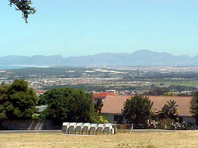 Fancy shot from along the road, at the deep horizon you see the Hottentot Holland mountain range.