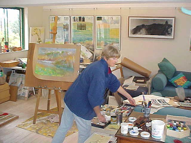 Sara is a hobby painter and she creates her art in the boathouse next to the home. Really great images she made there!
