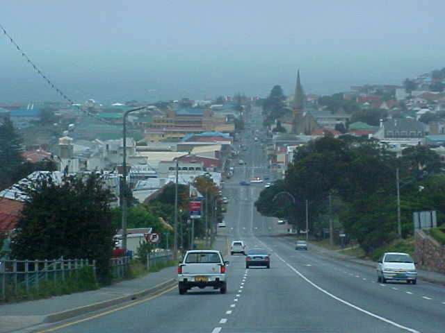 And well... that was Mosselbaai, the 2nd most sunny place on earth (only not today) in a 5-minutes-drive-through...