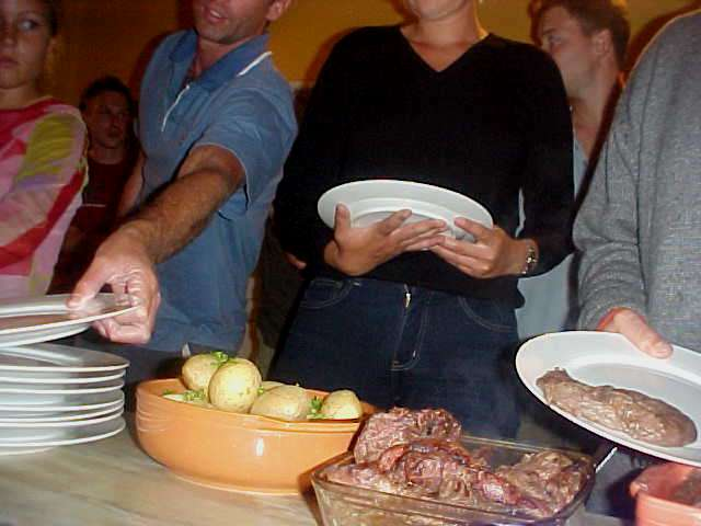 At 7pm it was dinner time and we all got a plate and enjoyed this delicious ostrich meat.