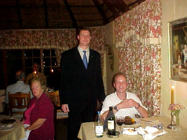 Collin is the manager of the Hunter Country House and had actually invited me after hearing about my project by Oudtshoorn-tourism-director Pierre-Andre Nel. Tonight Collin was also my waiter and doing a great job!