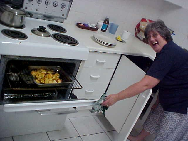 - Well, I am not really used to being photographed while cooking, she said laughing.