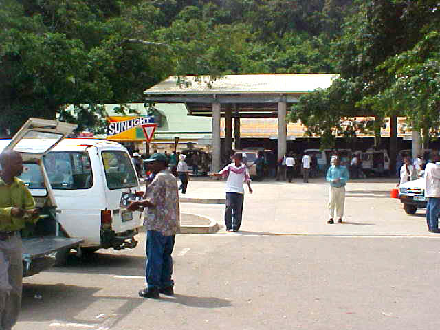 The taxi station in Port St. Johns, where I hopped from one (black) taxi into another one.