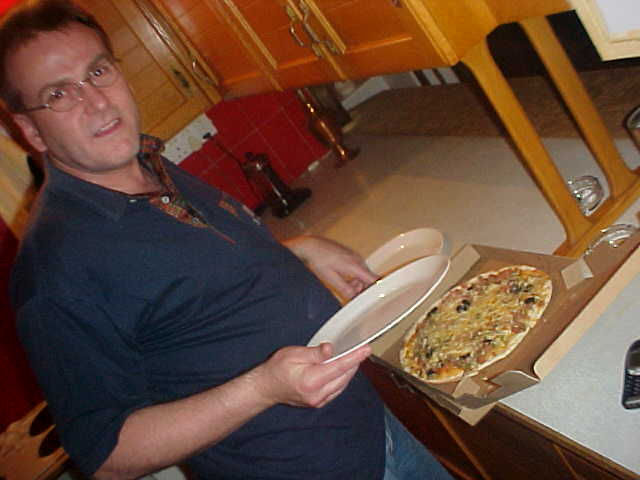 Good conclusion, Gerhard, the pizzas will not fit on the plates. Lets eat it from the boxes.