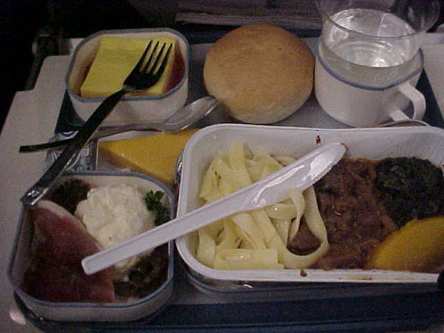 The five star menu of Iberia Airlines, African deserts could become fertile with this terrible food.