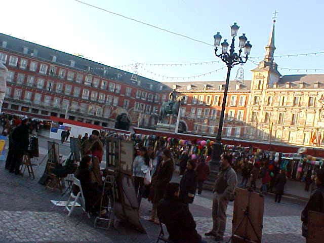 Today the Place Mayor, this square, was filled with a Christmas market.