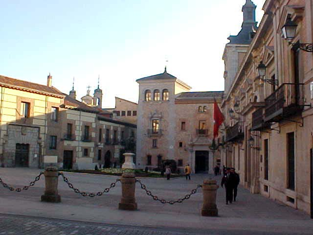 Plaza de la Villa, the Madrid townhall square.