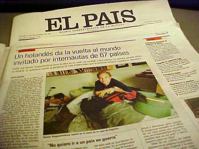 And what did we find at the newspaper store at the station? The EL PA�S, Spains national newspaper, featuring this crazy Dutch guy who is looking for places to stay in Spain.
