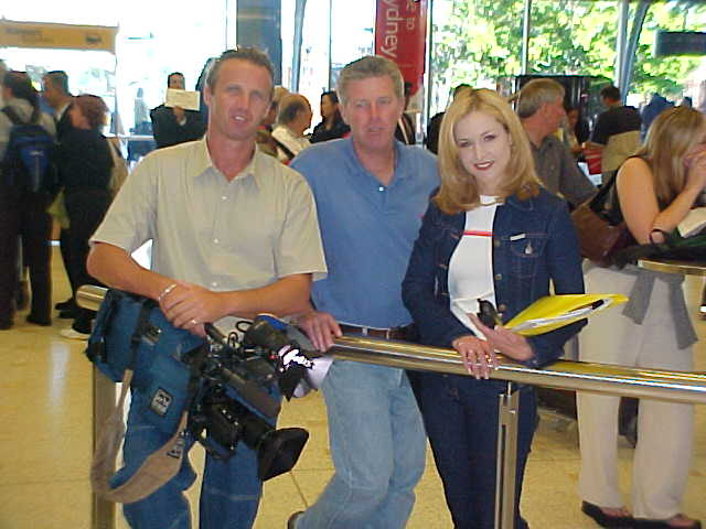 The Channel 9 television-crew was awaiting me at the arrivals-entrance of the Sydney Airport.