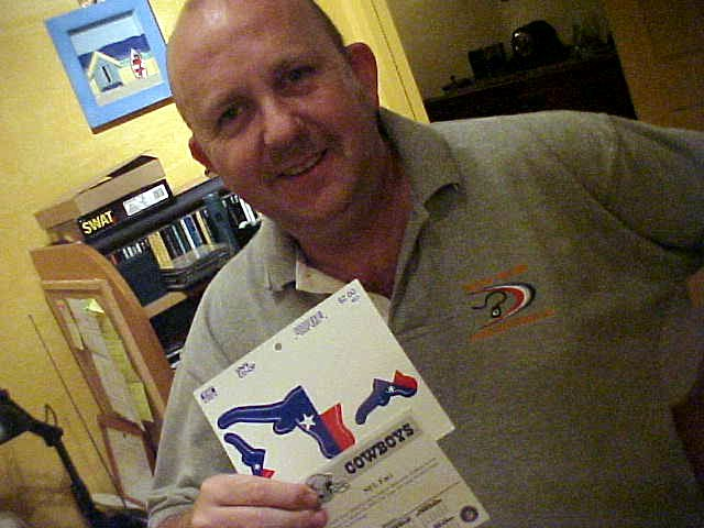 Ron even received a little present from the American hosts Kathey and Russell: A calenderpage of March 16+17 (to remember this day) and a Texas-sticker!