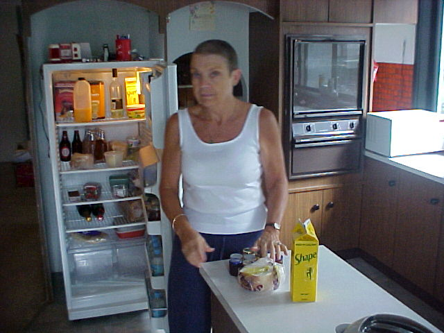 A peek into the kitchen (and fridge) of Sheryl as she helps me with some breakfast.