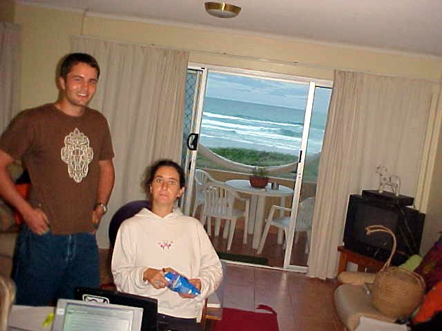 Southafrican Alan and visiting studyfriend Emma in the appartment in Mermaid Beach. Do you see the ocean too?