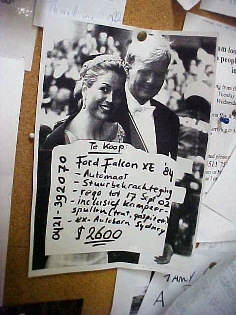 I even bumped onto this flyer on the wall. The guy writes in Dutch and gets the attraction of our crown prince and his first (hehe) wife...
