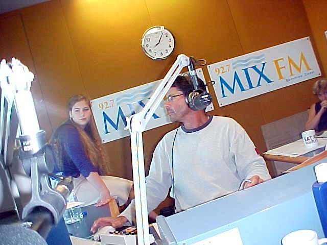 Good morning Australia, at the studio of MixFM.