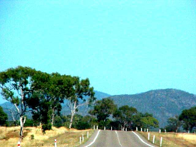 On the hot road towards Townsville (2)