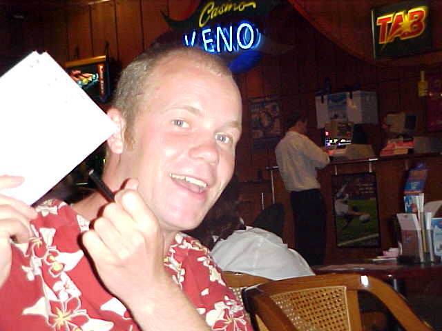 But Anne took me along to the casino in Cairns, where I joined a game of Keno with a free 2-dollar voucher from Anne. I won 4 dollars with it!
