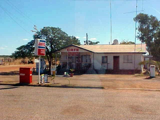 Road house along the Flinders Highway.