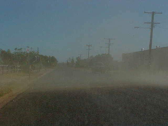 HOOOO! We had to stop on the main street of Cloncurry. A little sand storm was passing through! Wow!