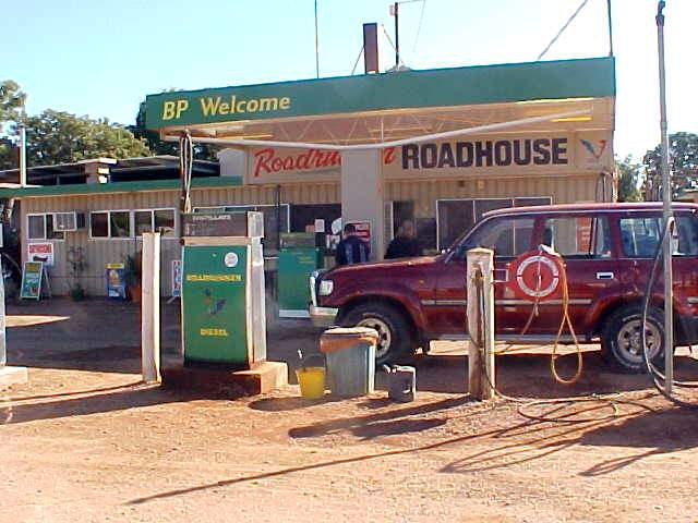 Welcome at the Cloncurry Roadhouse! Breakfast for Shawn and me!
