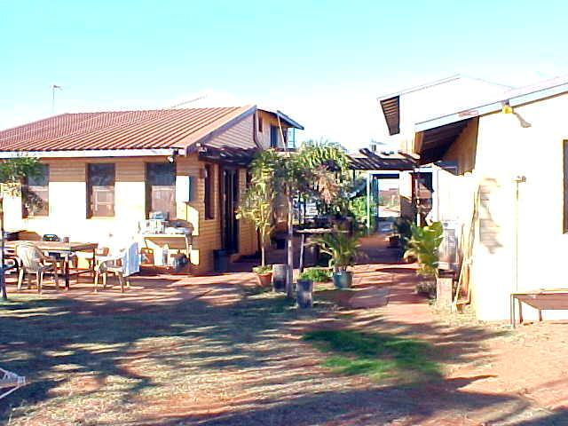 The back side of the Dingo Oasis Motel in Port Hedland, where I had a free night.