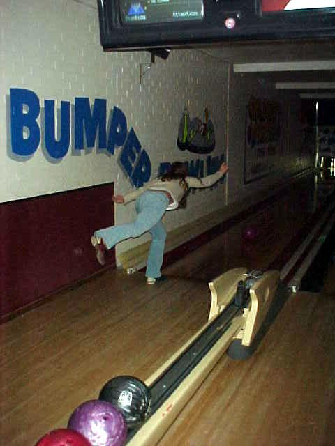 No, really this is bowling, not ballet... ;-)