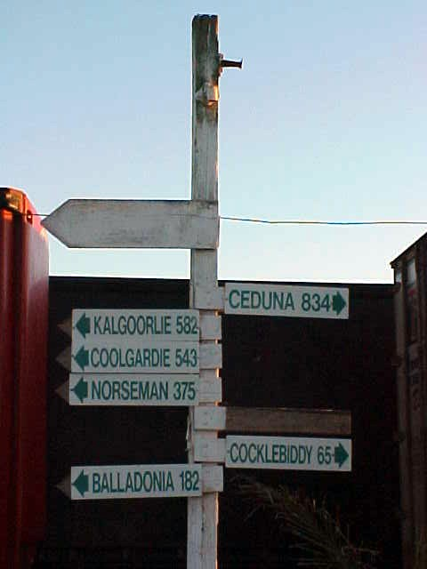 A road sign, they fascinate me. Eventhough I do not know any of the far-away places mentioned on it....