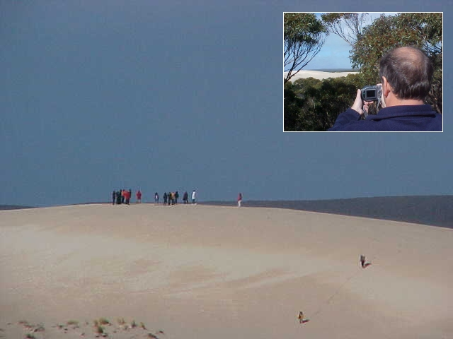 Fascinating to see the dunes of the Little Sahara from a small distance. Marc took some more publicity shots here.
