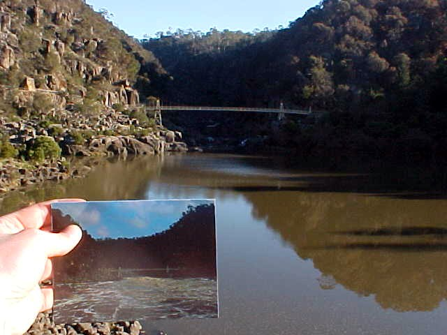 The bridge over the gorge and the post card that shows how the water can be in other times... (as seen from the chairlift).