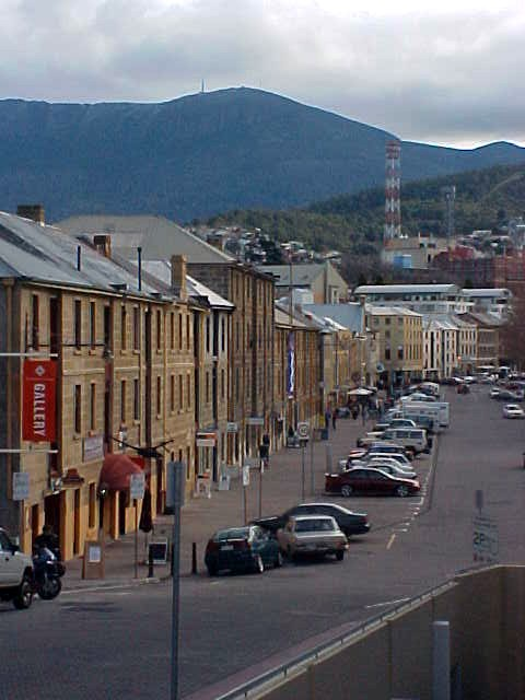 Hobart reminded me a bit of Cape Town, South Africa, that big mountain in the background...
