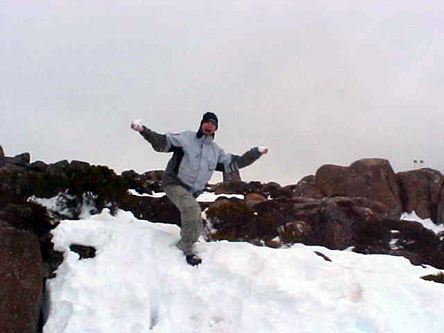 I never thought I would ever touch SNOW in AUSTRALIA. Here is the proof.
