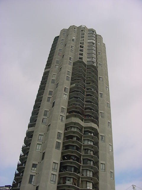 The apartment tower where Gail lives and where she lets me stay for a few days.