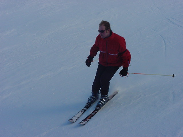 Here I race by (it took a while before Joern could make this photo, I skied too fast for him, haha)