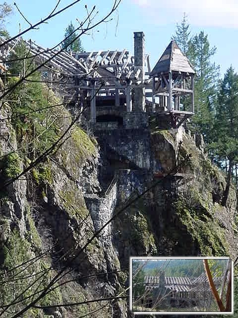 One rich guy once bought some land here and planned to build a fancy hotel on the rocks. Only halfway he ran out of money and this is what is left after 20 years... Quite spooky in Sooke!