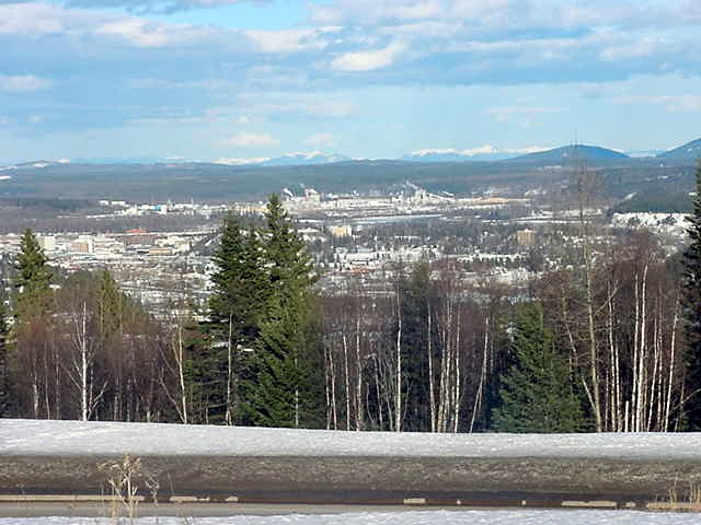 The town as seen on top of Cranbrook Hill.