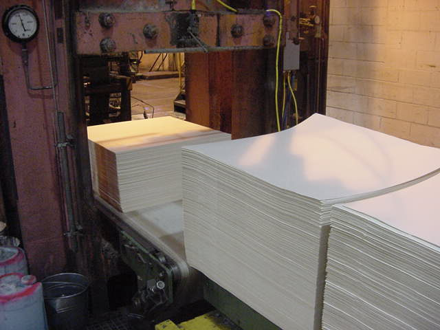 But the pulp is also used to make paper of elsewhere. So, cut it like this and ship the pulp texture abroad.