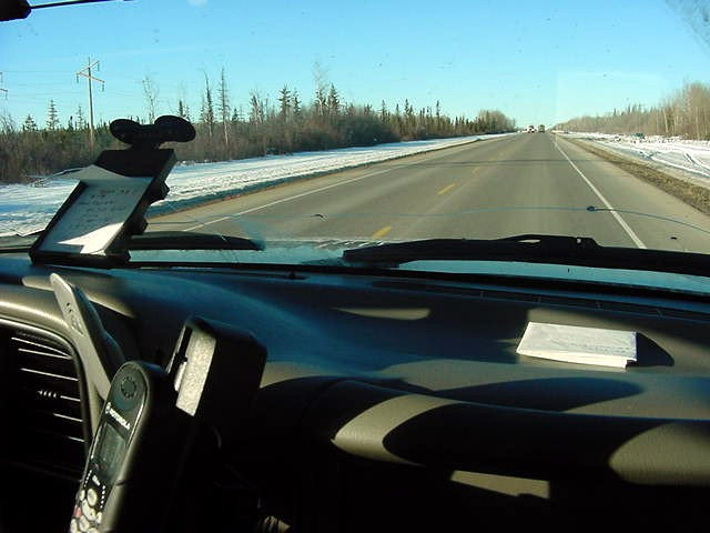 But at that gas station in Kate river I talked to Larry Wilkinson from Red Deer, Alberta, who works in the north of the province as an oil field consultant. And he was happy to take me along to High Level!