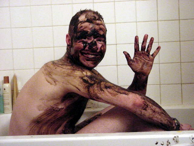 Back at home at the end of the day I had a relaxing spa bath. And I used this special mud that should help my face with the frostbite spots I got along the trip outside.