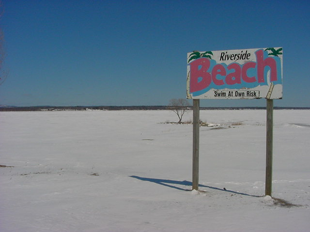 Even the Pembroke beach along the Ottawa River was a disappointment...