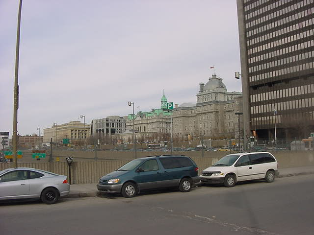 The Montreal Town Hall with the (too) modern glass Palace of Justice at the right.