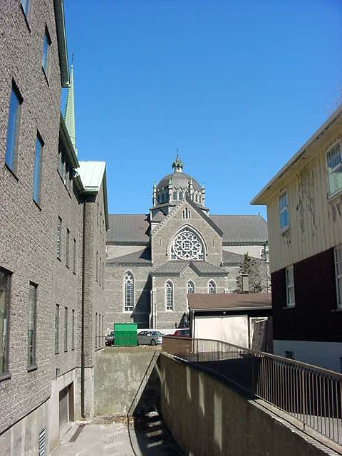 Longueuil fortunately has its historical values, like this church that just popped up between the houses.