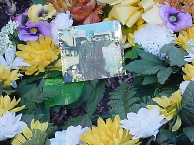 An heroic and exhausting attempt was made by the Draggermen,resulting in 15 bodies being recovered,while 11 still remain underground. There are still flowers and photographs around the monument.