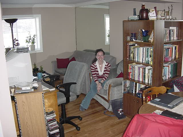 This is Sherri Kelly, Karls girlfriend. Together they live in this humble one-bedroom apartment.