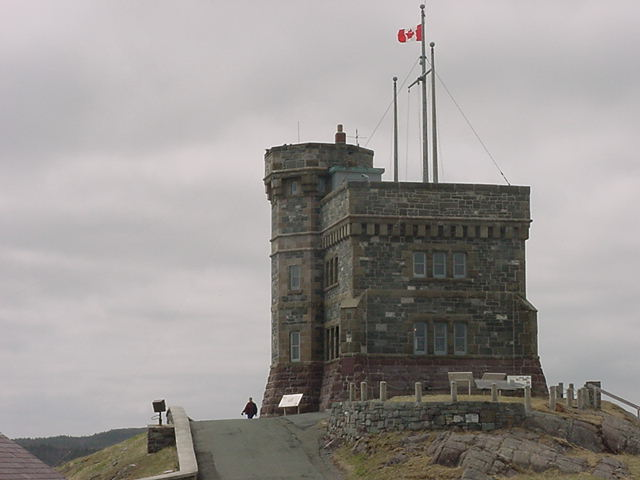 Right on top of Signal Hill is the Cabot Tower built to commemorate John Cabot<#k#>'s landing of 1497. We went inside to escape from the icy cold harsh wind and enjoyed the display features about the history of this hill.